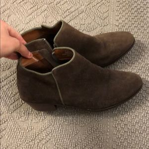 Cute shade brown booties! In great condition!